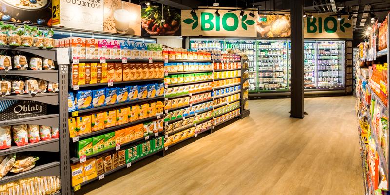 Reoler med økologiske produkter Carrefour Market